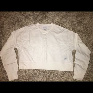 NWT! Women's Converse belly sweatshirt size Med